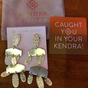 kendra scott emmet gold earring